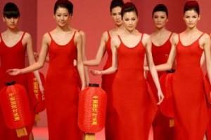 一首世界顶级model走秀背景音乐:巴黎最后的探戈