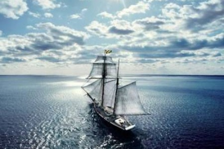 路总是要一步一步走,未来还很长:《voyage》