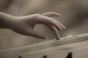 一曲肝肠断,天涯何处觅知音:《古琴禅修》