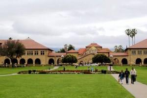 被认为是全美三个最美的大学校园:《DGunntAPYqUt》
