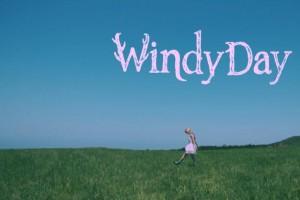 是不是就可以抱紧你:《Windy Smiling》