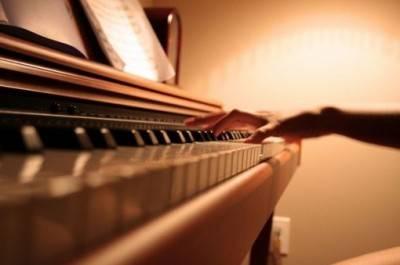 点点滴滴,声声脆脆:《钢琴素描,爱的回忆》