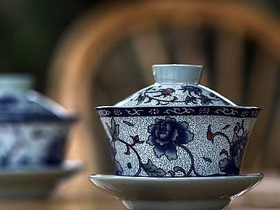 宁静的夜,放松一下,泡一杯咖啡或香茶,让香味弥漫萦绕:《娜塔夏》