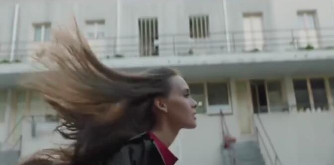 抖音火起来的MV:《sergey-lazarev-сдавайся》投降吧mv俄罗斯完整版