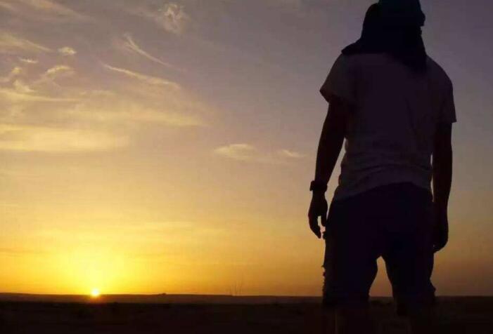 只爱过一个正当最好年龄的人:《Hidden Path 》