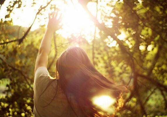 安静的独自听音乐和阅读是这个世界上最幸福的事情了:《A Brand New Day》